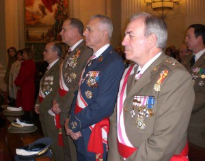 Mandos Militares asistentes al acto
