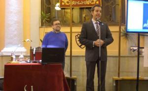 Gonzalo Aguado presenta al conferenciante