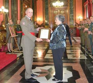 Recoge Dñª Pilar Martín Royo