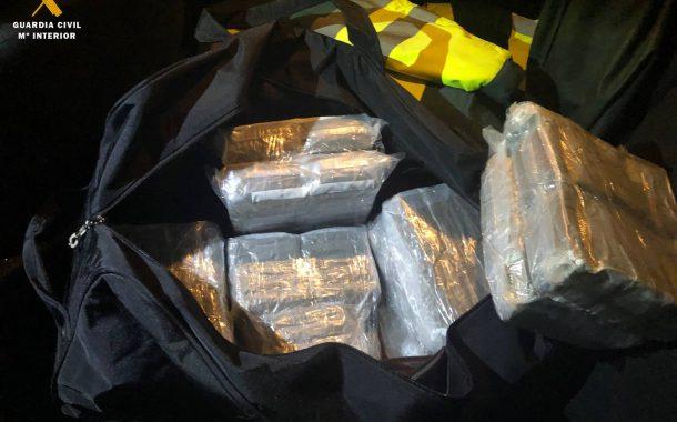 La Guardia Civil detiene a una persona como presunta autora de un delito contra la seguridad colectiva por tráfico de drogas