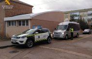 La Guardia Civil finaliza una campaña de inspección de autocares destinados al transporte escolar