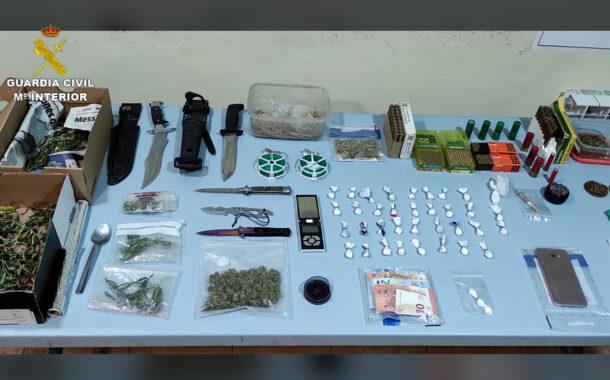 La Guardia Civil desarticula un activo punto de venta de drogas en el Campo de Belchite.
